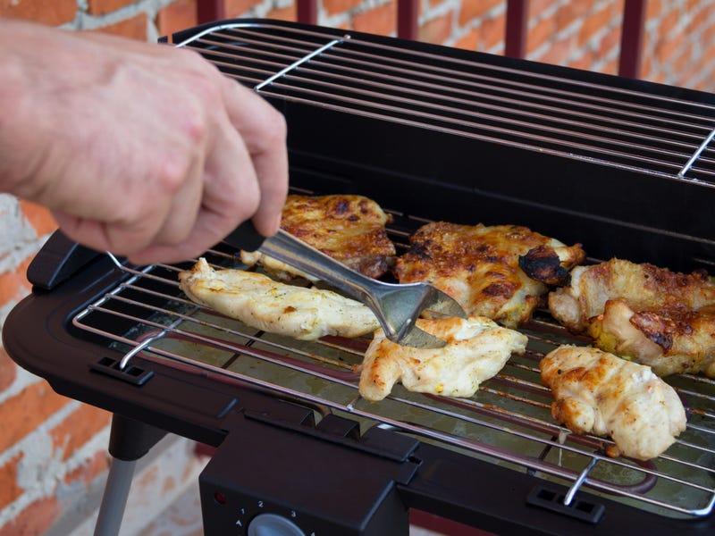 8 sai lầm khiến món gà nướng không chỉ mất ngon mà còn dễ gây độc hại